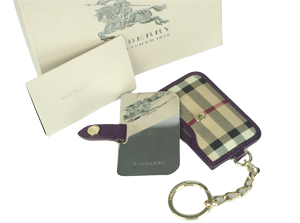 BRAND NEW Burberry Purple Leather Trim Haymarket Mirror Key Ring
