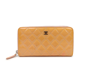 Chanel Pink Patent Leather Wallet