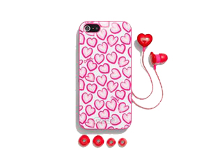 SOLD OUT BRAND NEW Coach Heart Print Iphone Case & Ear Bud Set F68616
