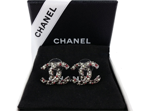 SOLD OUT BRAND NEW Chanel Multicolor Pearl Earrings