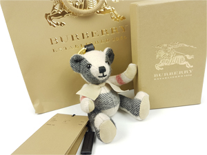 SOLD OUT BRAND NEW Burberry Thomas Bear Charm In Check Cashmere