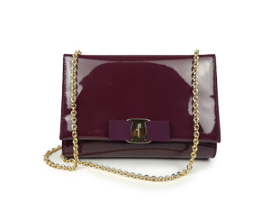 SOLD OUT Salvatore Ferragamo Shine Leather Vara Bow Clutch
