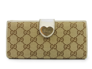 Gucci GG Canvas Engraved Script Logo Heart Continental Wallet