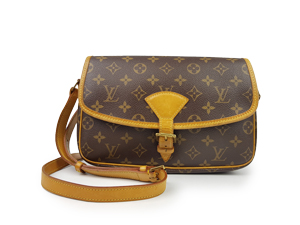 SOLD OUT Louis Vuitton Monogram Sologne