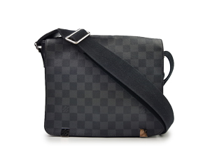 SOLD OUT Louis Vuitton Damier Graphite District PM