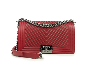 SOLD OUT Chanel Red Calfskin Chevron Boy Flap