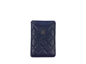 SOLD OUT Chanel Caviar Pouch