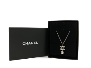 SOLD OUT Chanel CC Necklace